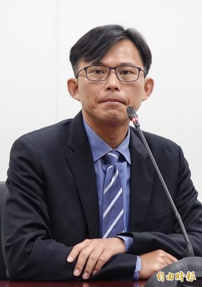 黃國昌指故宮電腦標案造假  遠傳:不實指控