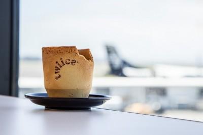 喝咖啡順便將杯子吃掉!紐航引領環保新「食」尚