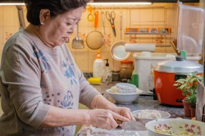 哭了!陳淑芳揭母女糾結 網泣「我家就這樣」