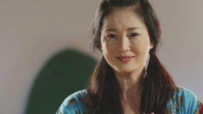 52歲李之勤詮釋羞澀少女情懷 驚嘆畫面無違和
