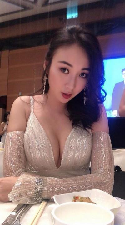 台灣CEO獻2克拉鑽戒求婚 39歲拿督千金終結8年空窗