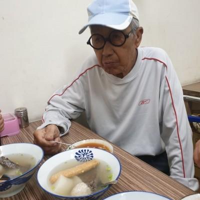86歲脫線憂發不出薪水 拒領紓困補助真相曝光
