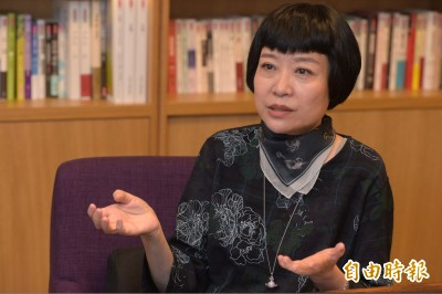 作家張曼娟爆遭網路惡意攻擊 臉友瞎扯吳念真替「蘇老師」對號入座