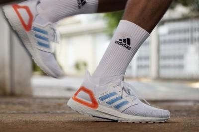 adidas這些超帥跑鞋 竟都是垃圾做的!