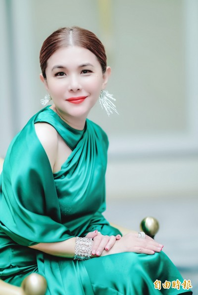 (更新)震驚!張清芳宣布離婚 斷開15年婚姻