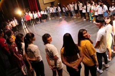 疫情打擊不服輸 林佳鋒的青少年+兒童劇團夢想