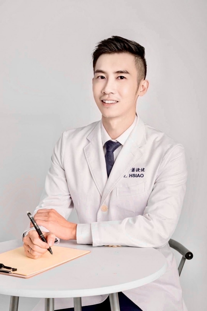 (專訪)型男醫師曝減重防疫法 追劇做這件事也能輕鬆瘦