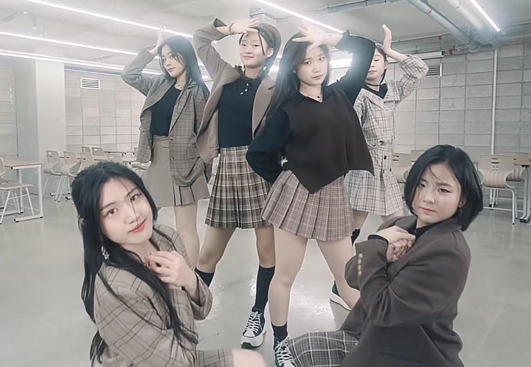 [新聞] 急著要12歲未成年女孩出道?南韓經紀公司