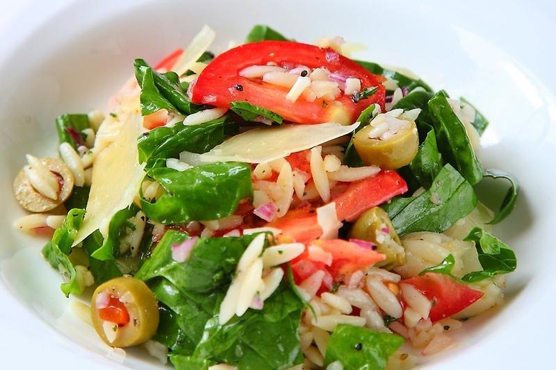 義大利米型麵煮多久?除了做燉飯,還能變地中海乳酪沙拉!