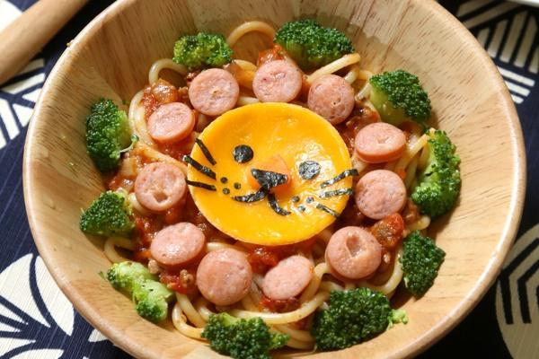 好吃又可愛!親子動手做「小獅王義大利麵」