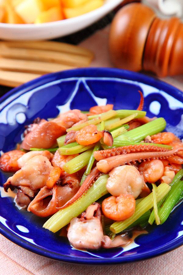 芹菜炒三鮮