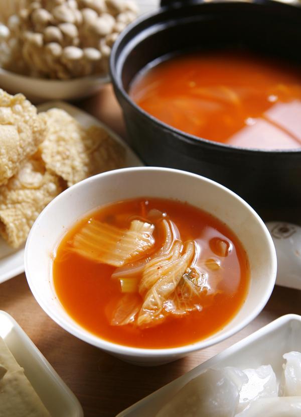 【自製火鍋湯底】韓式泡菜鍋
