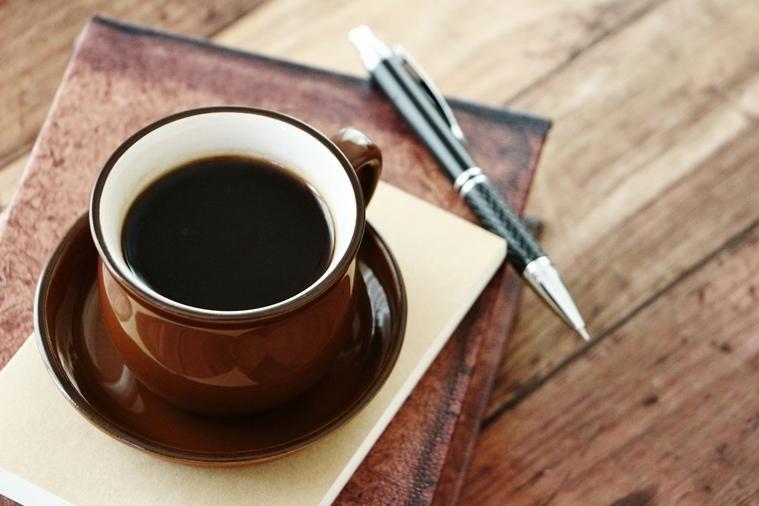 咖啡、濃茶會導致骨質疏鬆?營養師&骨科醫師教你正確補鈣