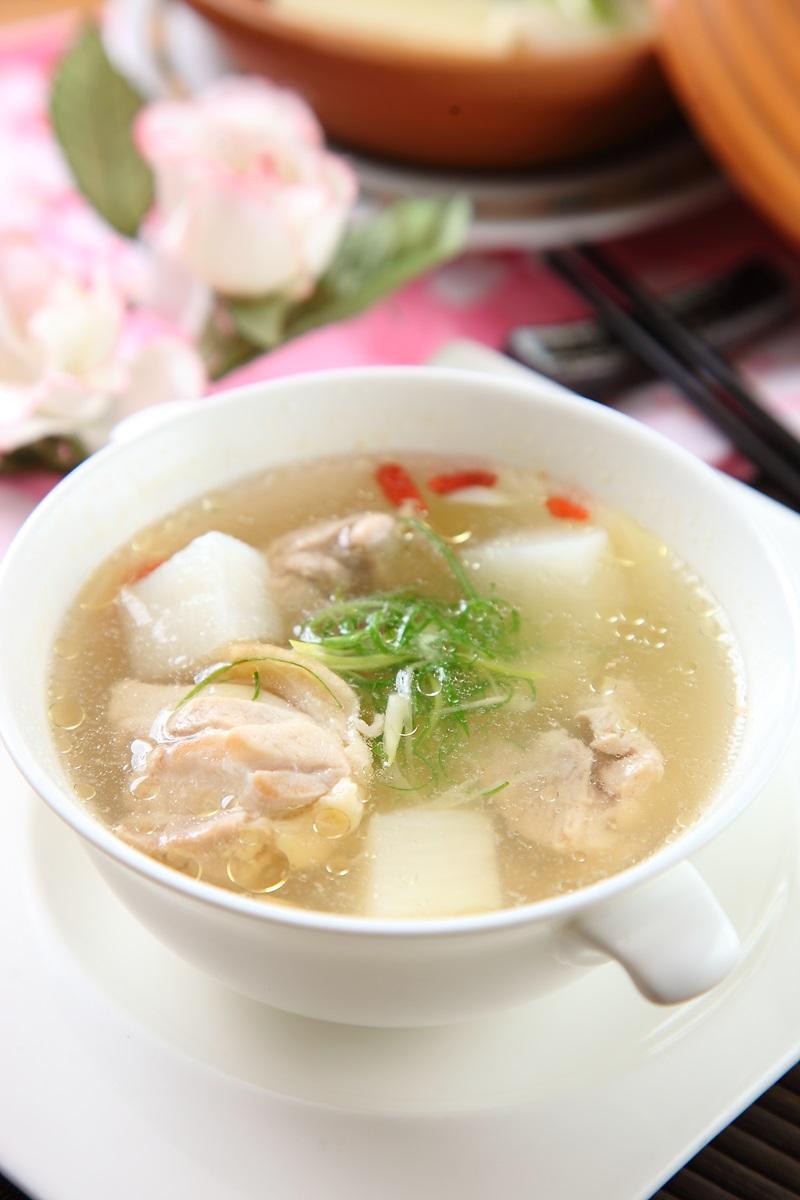 山藥雞肉湯