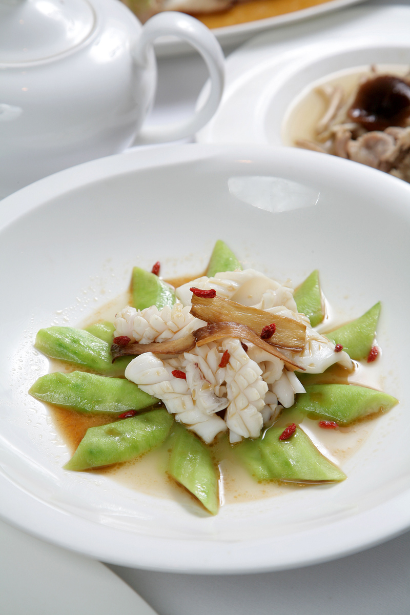 麻油燴絲瓜鮮魷