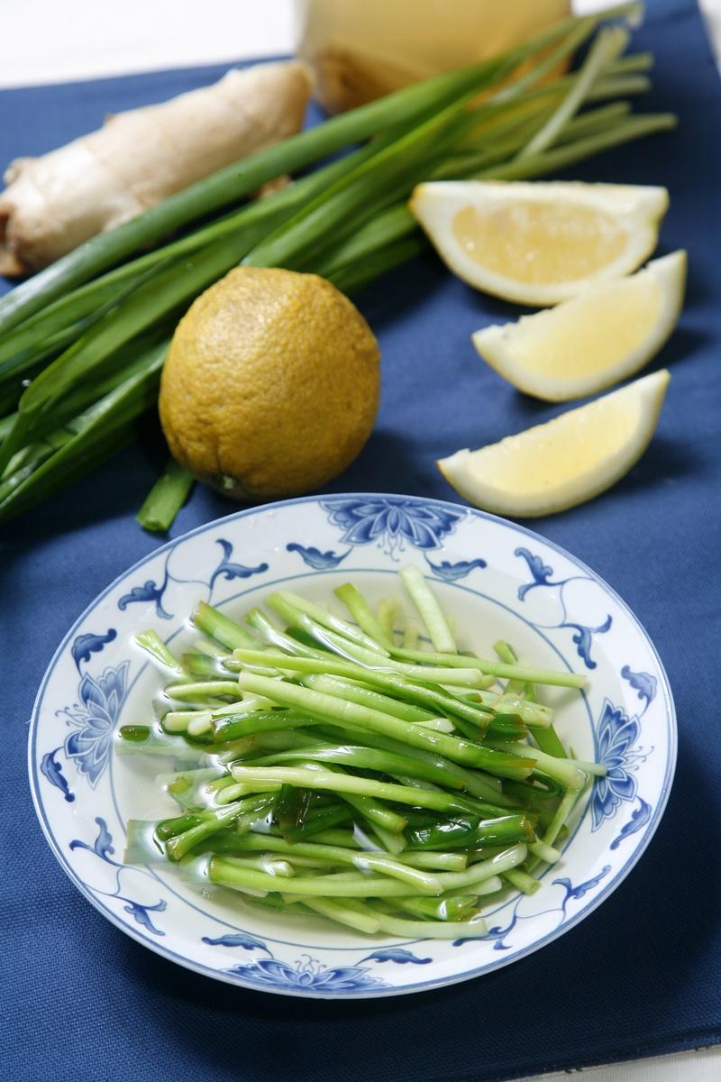 「二月韭」最鮮美!2 步驟做出好吃的醃韭菜頭