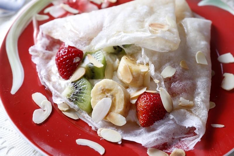 潤餅皮吃不完?親子DIY「水果可麗餅」好吃好玩