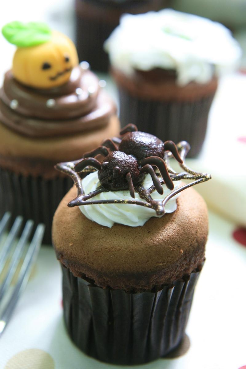 【萬聖節食譜】蜘蛛杯子蛋糕
