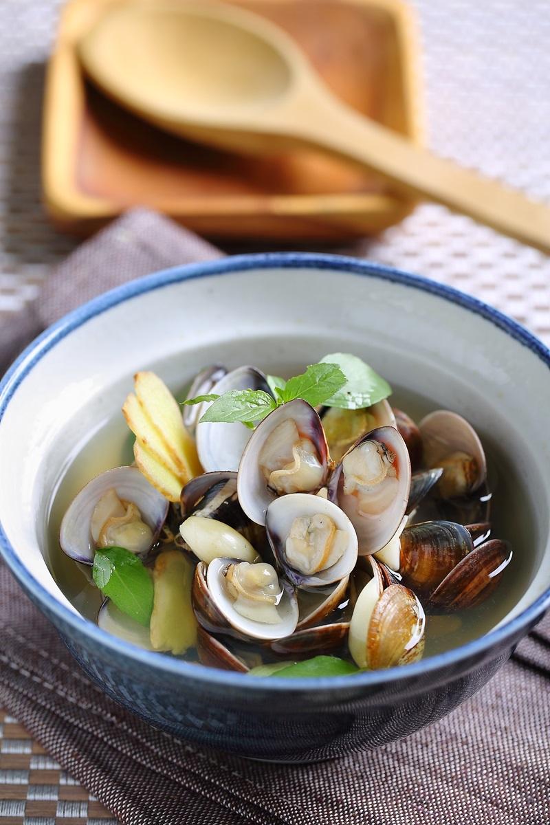 九層塔蛤蜊湯