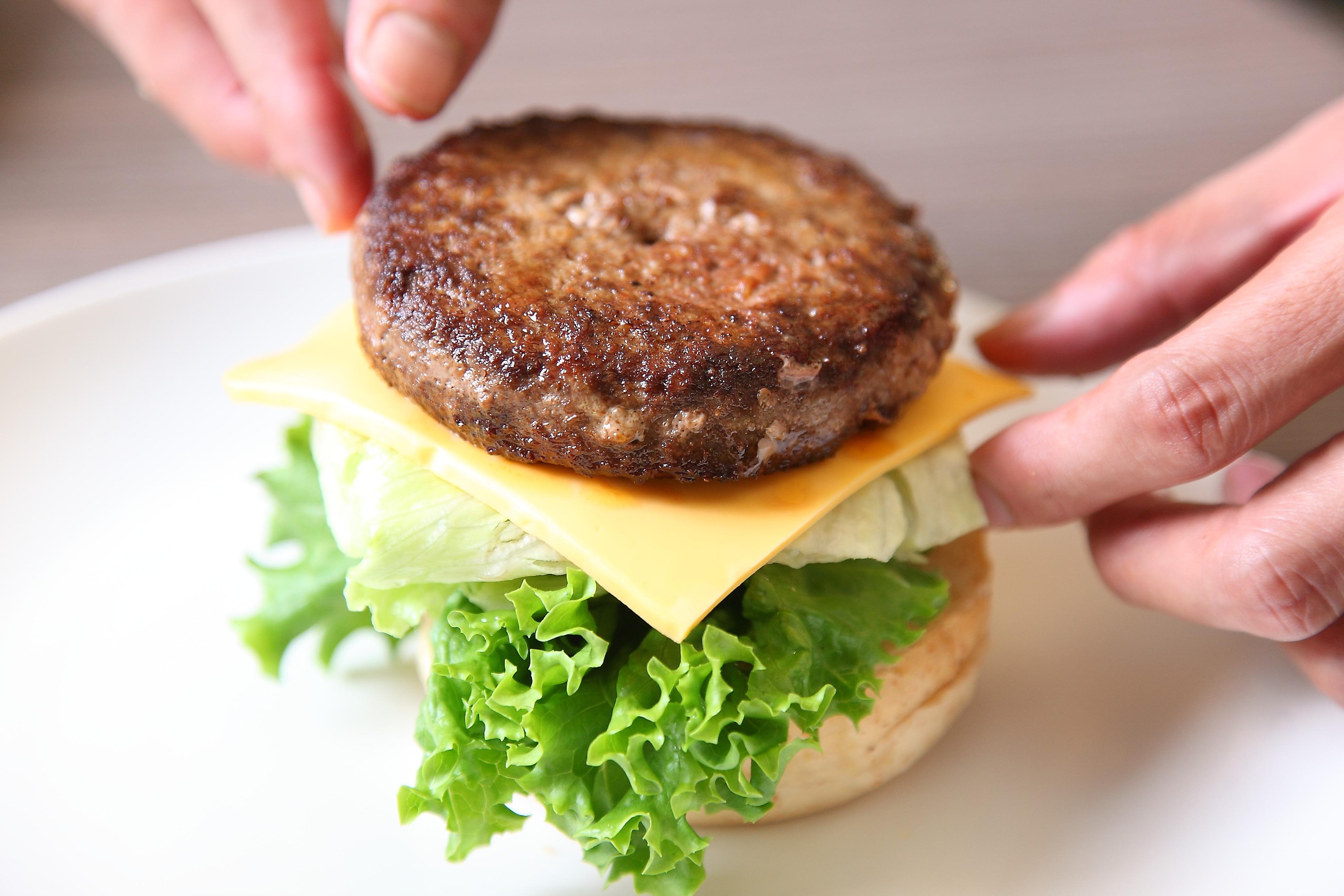 做不出多汁美味的漢堡排?你可能犯了這些錯誤!