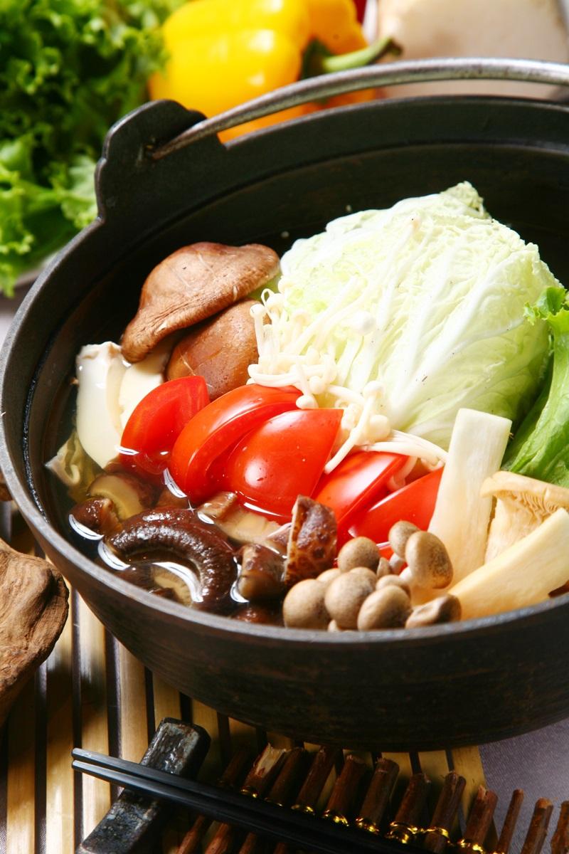 菇蕈蔬菜養生鍋