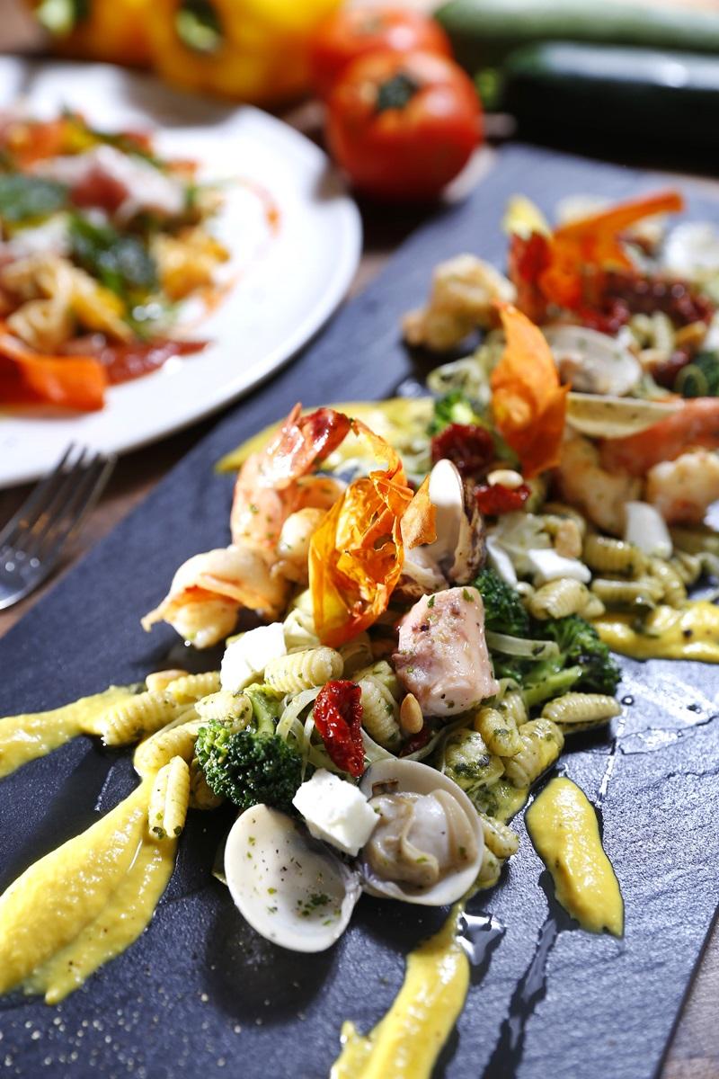青醬海鮮貝殼冷麵
