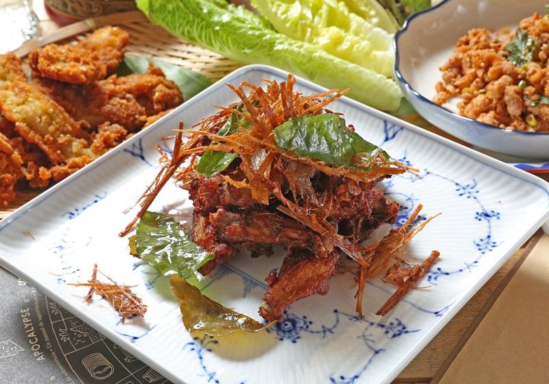 泰式香茅炸雞翅 (影片)