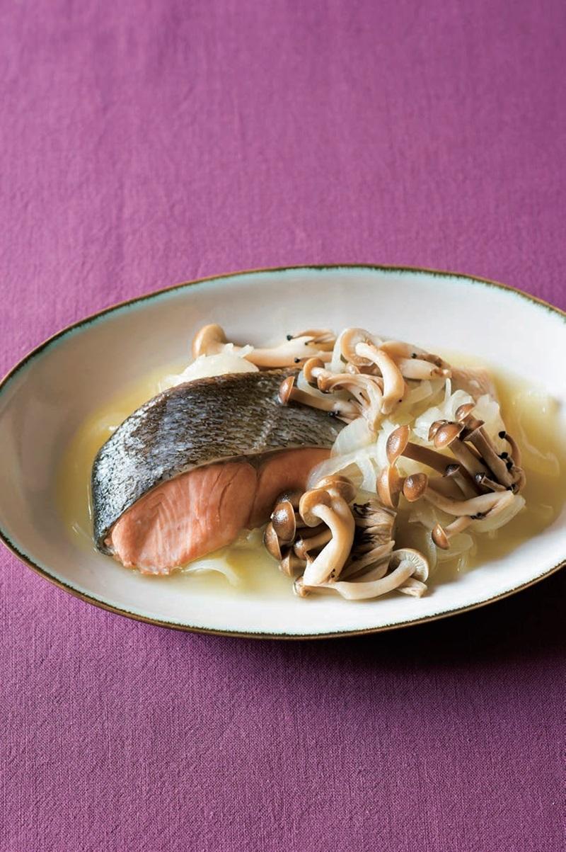 清燉鴻喜菇鮭魚