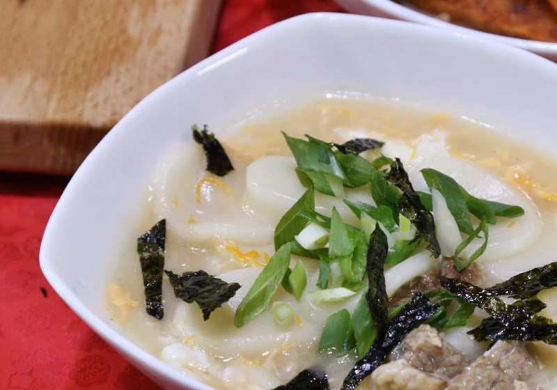 韓國年菜 ▪ 年糕湯 (影片)