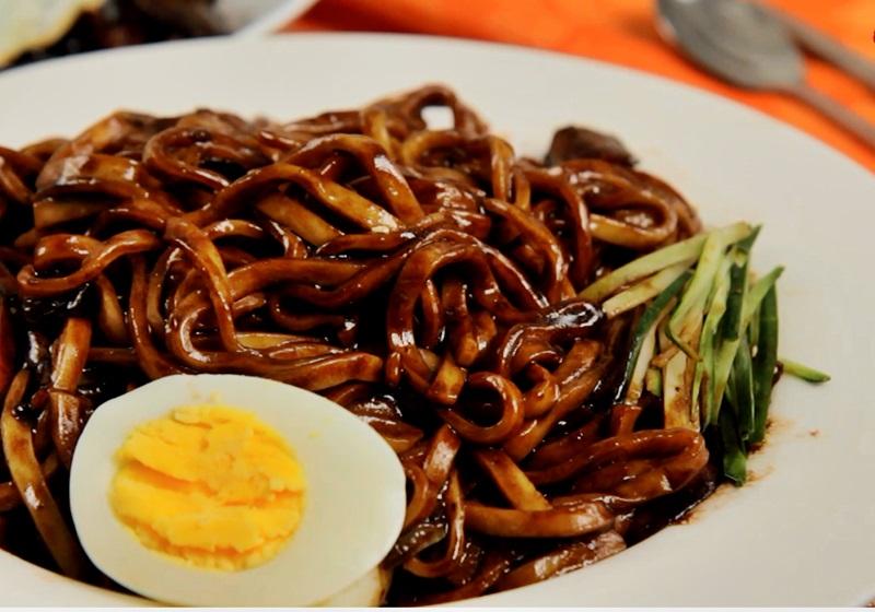 韓式炸醬麵 (影片)