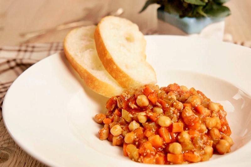 「鷹嘴豆 = 雪蓮子」蔬食界超級食物!西西里香料燉鷹嘴豆