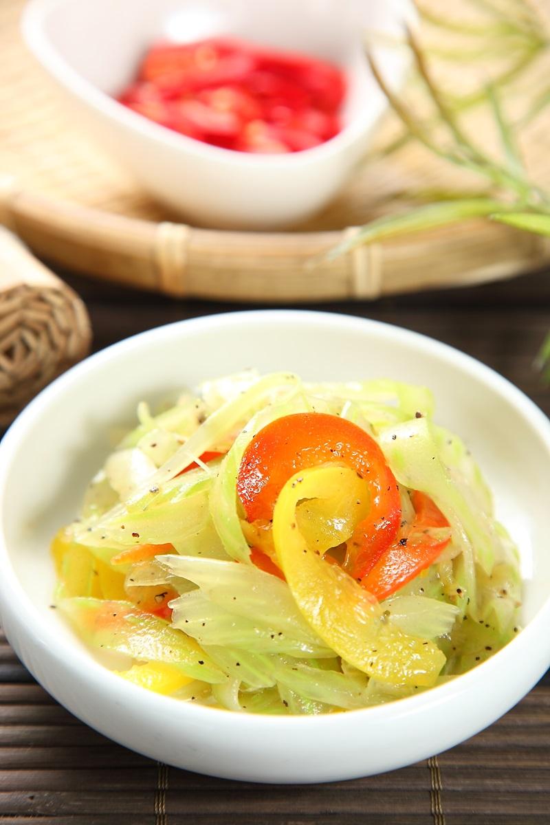韓式芹菜拌甜椒