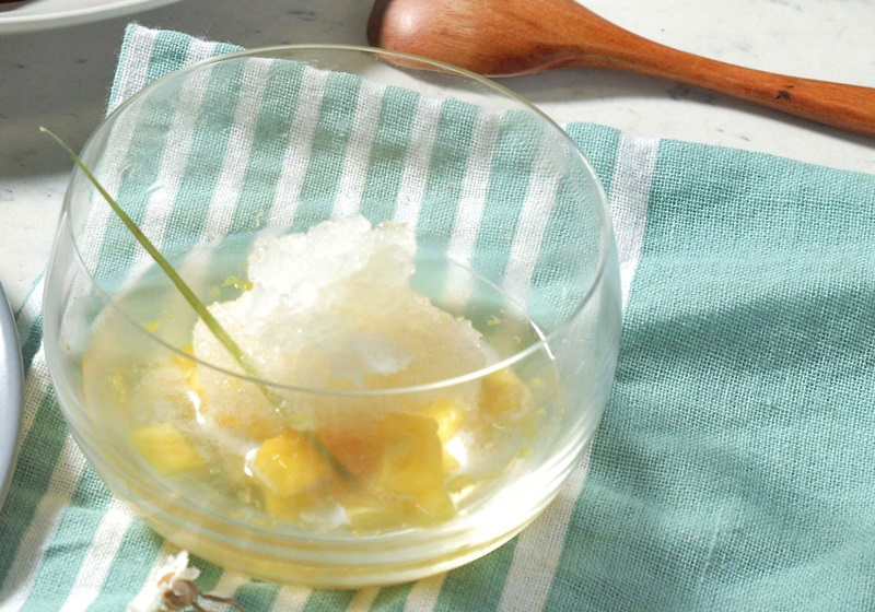 蜜鳳梨佐蜂蜜香茅冰砂