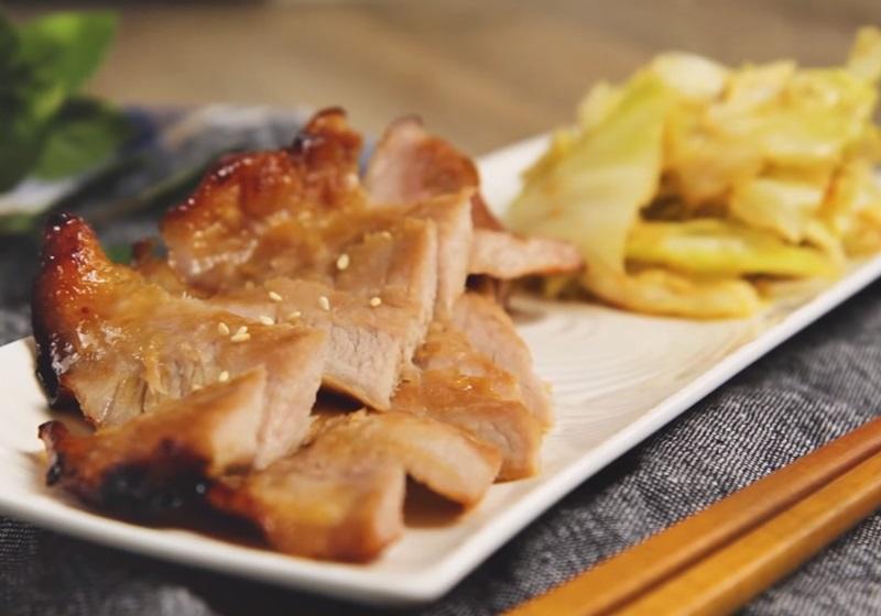 味噌烤松阪豬佐高麗菜 (影音)