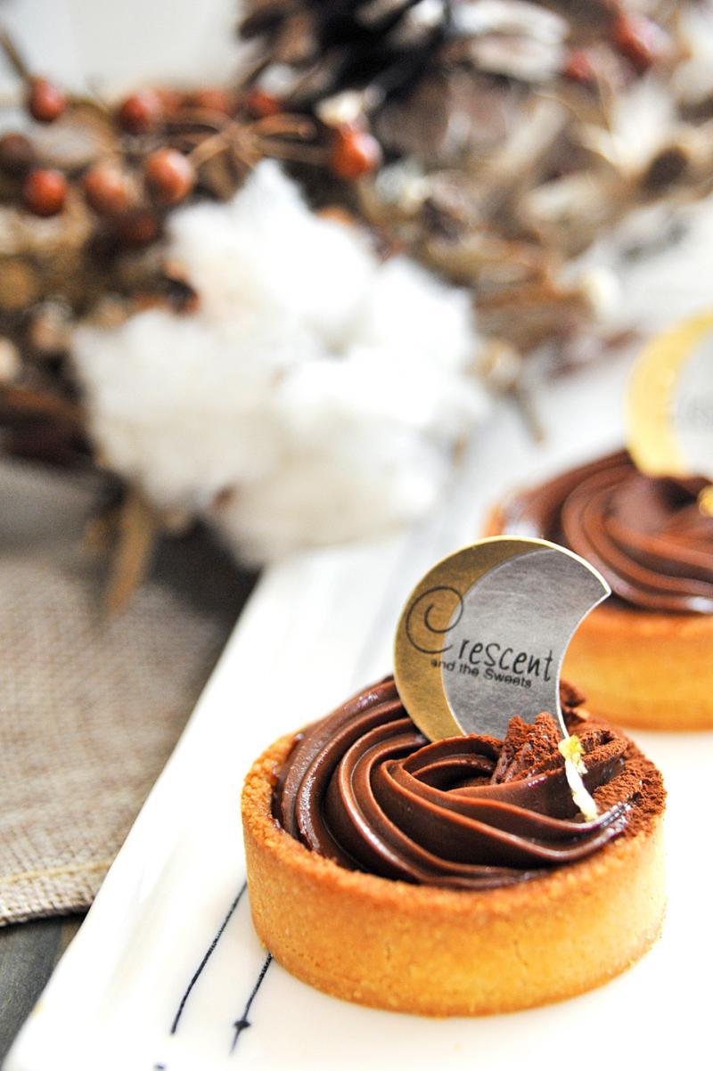 生酮食譜 | 香草伏特加玫瑰生巧克力塔
