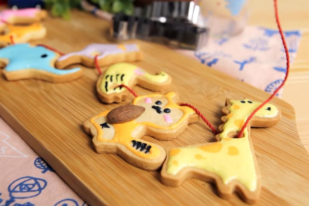 收涎餅乾DIY更有儀式感!一支牙籤完成美麗糖霜畫