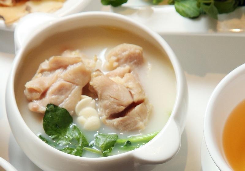 西洋菜燉雞腿
