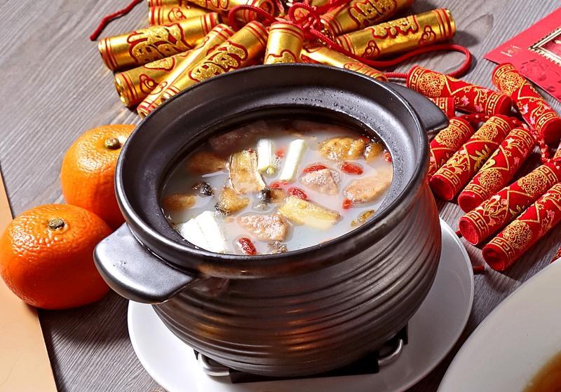 元氣鱸魚煲湯 (影音)