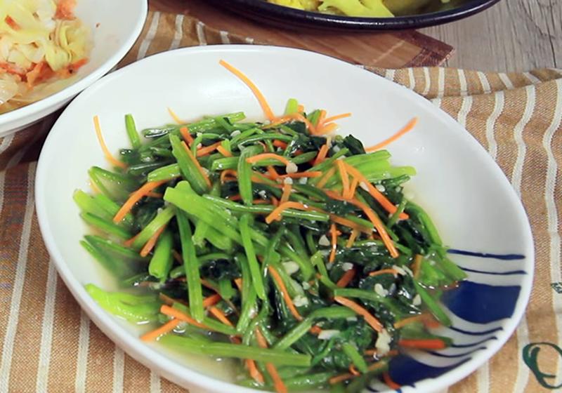 蒜米炒菠菜 (影音)