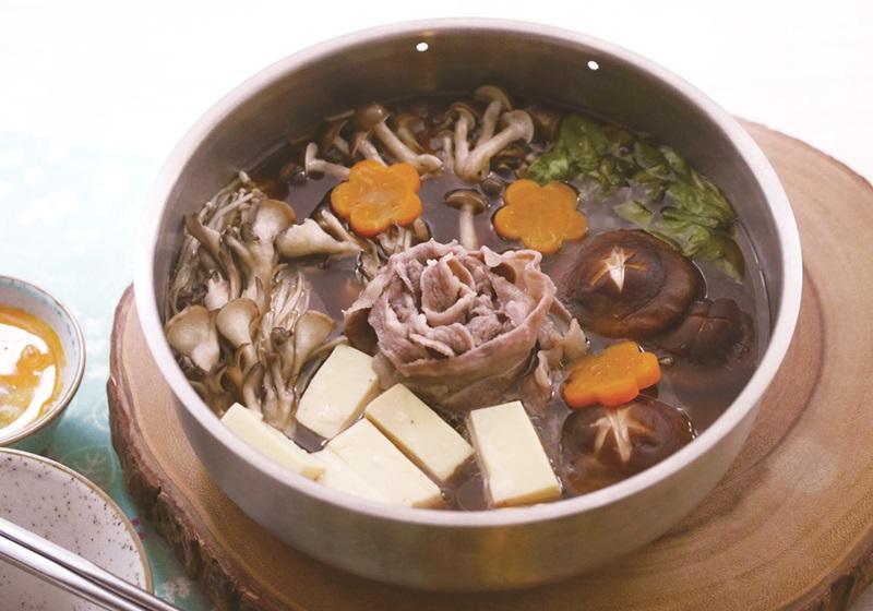 電鍋上菜 | 牛肉壽喜燒