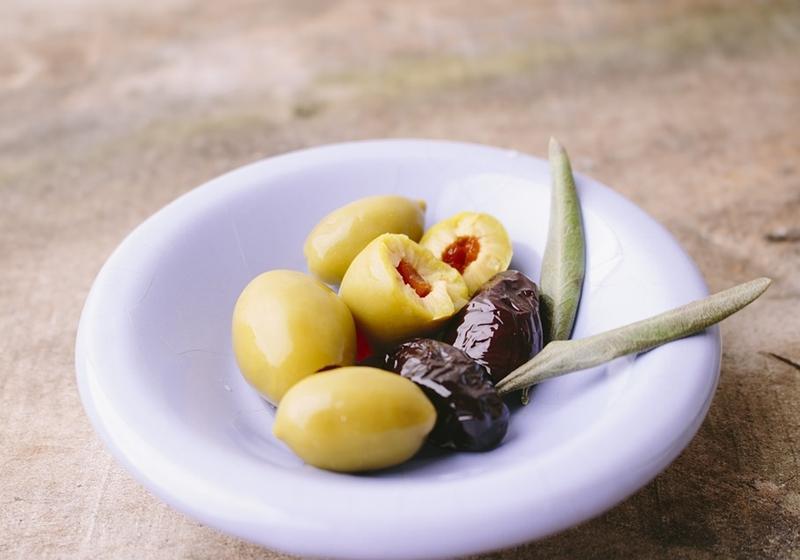 黑橄欖、綠橄欖是同一種?油品風味不同?料理要用...