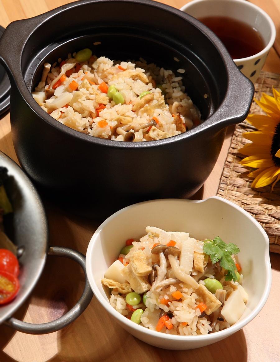 竹筍炊飯 (影音)