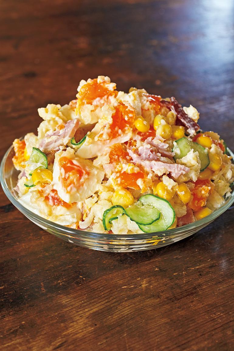 做出好吃的馬鈴薯沙拉,秘訣是「趁熱調味」!