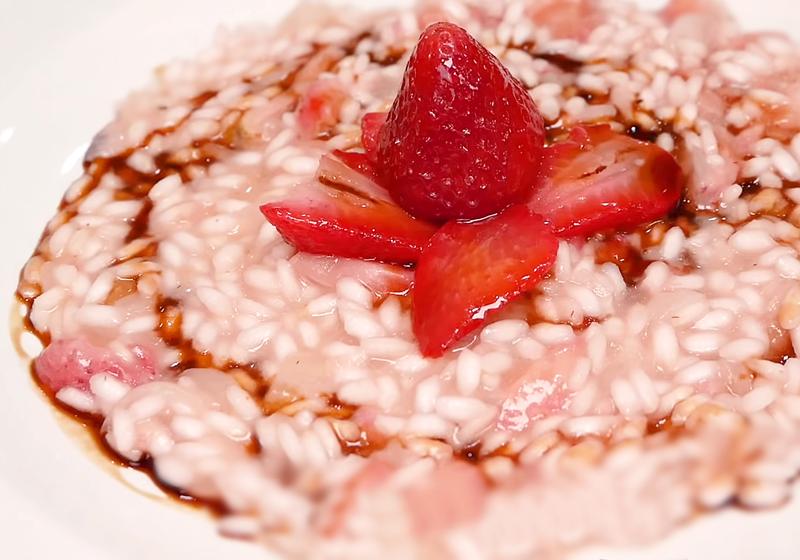 草莓燉飯 + 手工草莓冰淇淋 (影音)