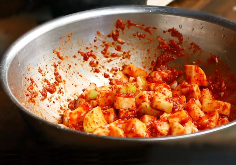 【一日三餐‧山村篇】料理食譜:韓式蘿蔔泡菜