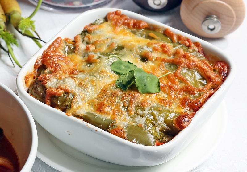 番茄蔬菜白醬千層派