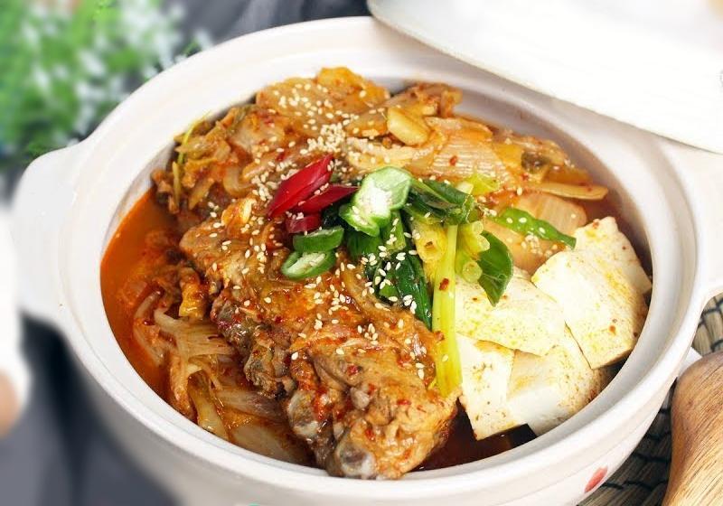 韓式泡菜燉豬肋排 (影音)