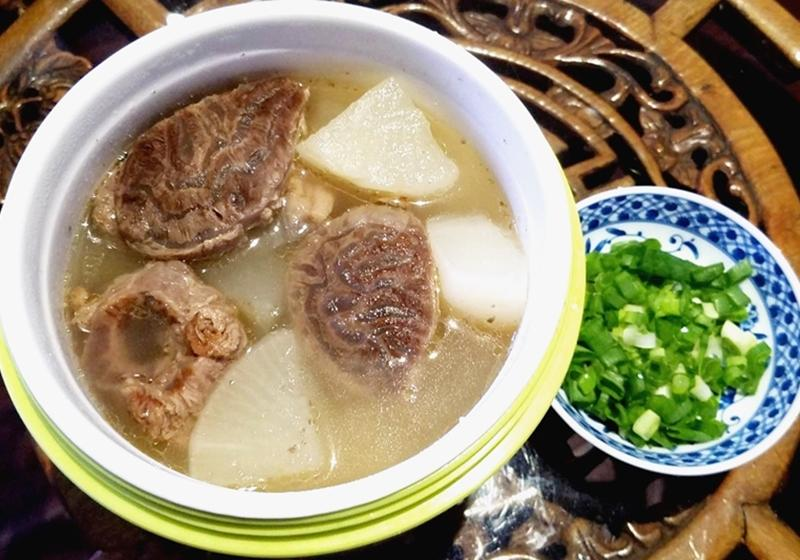養生抗病   清燉蘿蔔牛肉湯