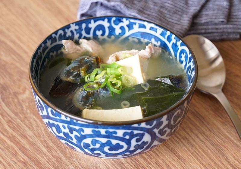 海帶皮蛋豆腐湯 (影音)