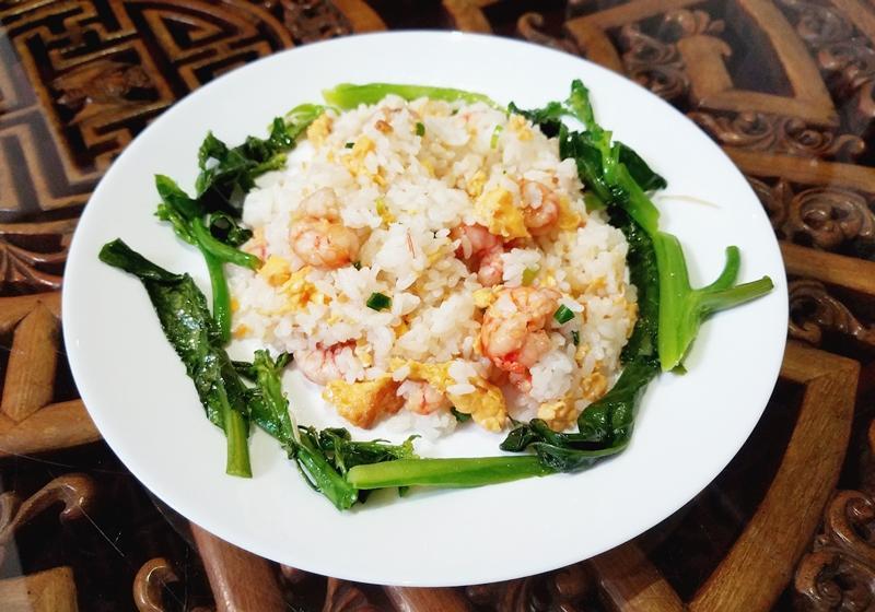 蔥花蝦仁蛋炒飯 | 樸實美味快速上桌!
